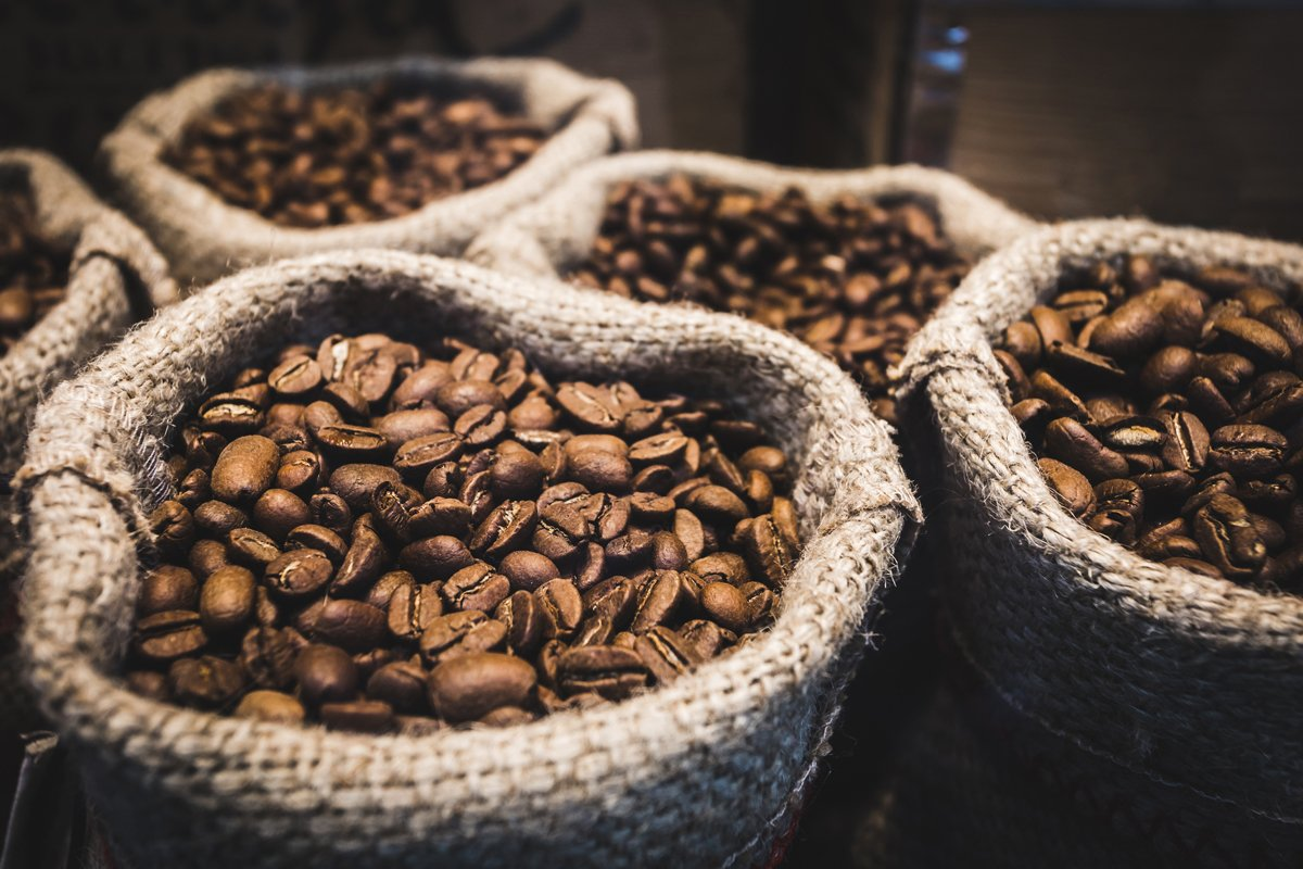 Intelligentsia drives rapid eCommerce growth powered by an iPaaS 'hub' strategy